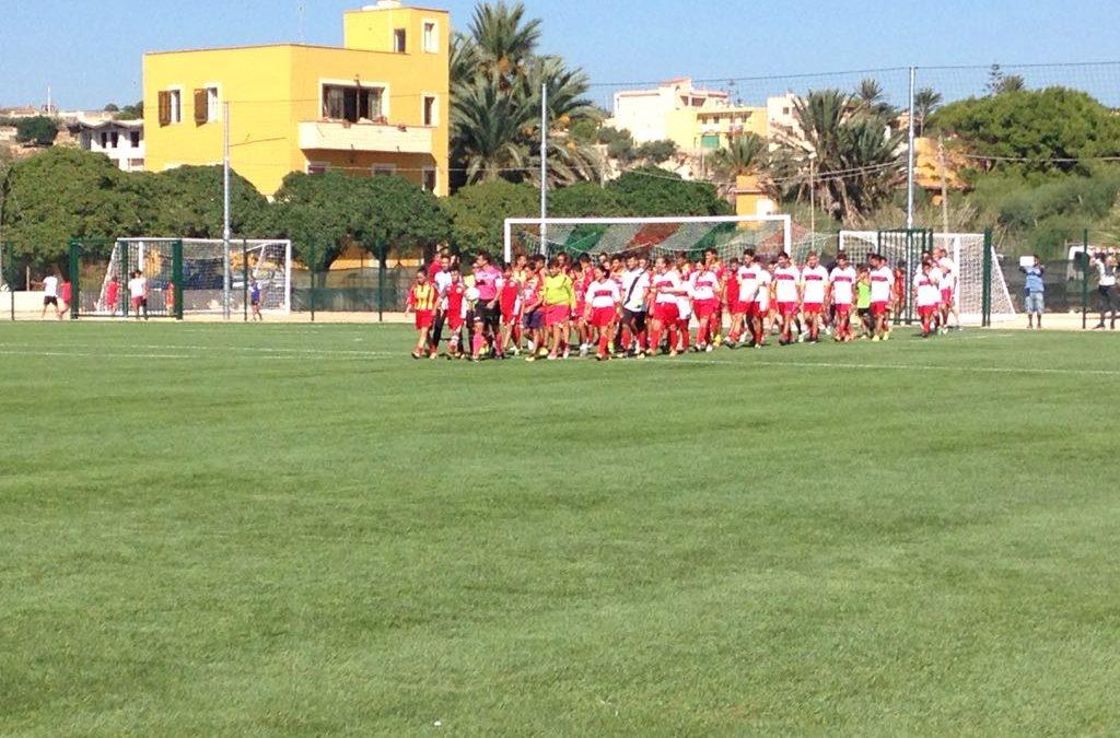 Inaugurato il campo da calcio a Lampedusa