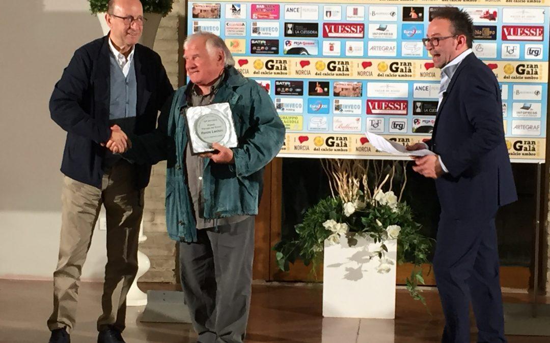 Luchini premiato al Gran Galà del calcio umbro 2018