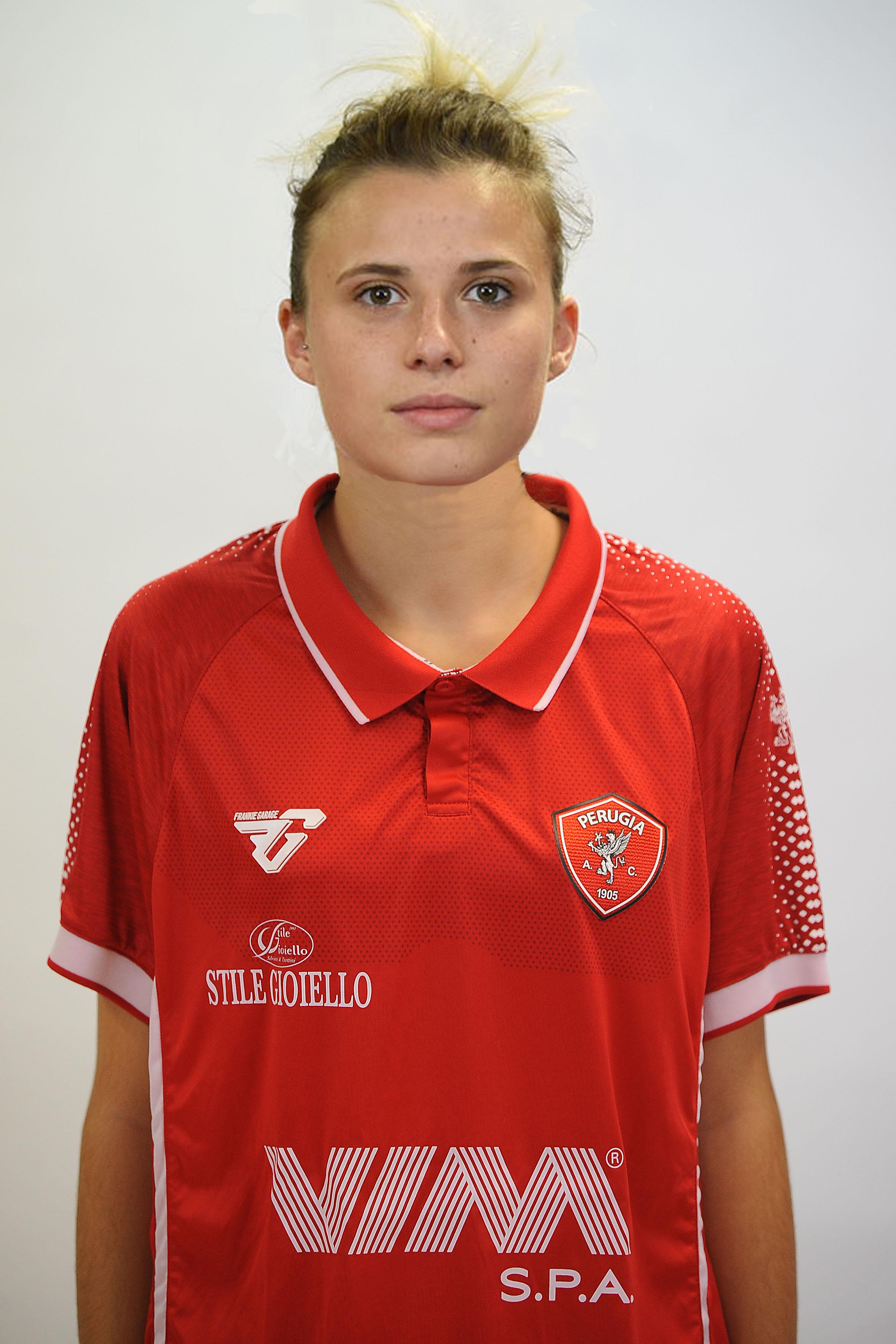 Valentina BrozzettiCentrocampista- A.C. Perugia Calcio