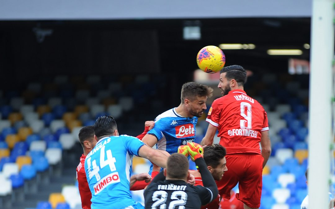 Napoli-Perugia termina 2-0