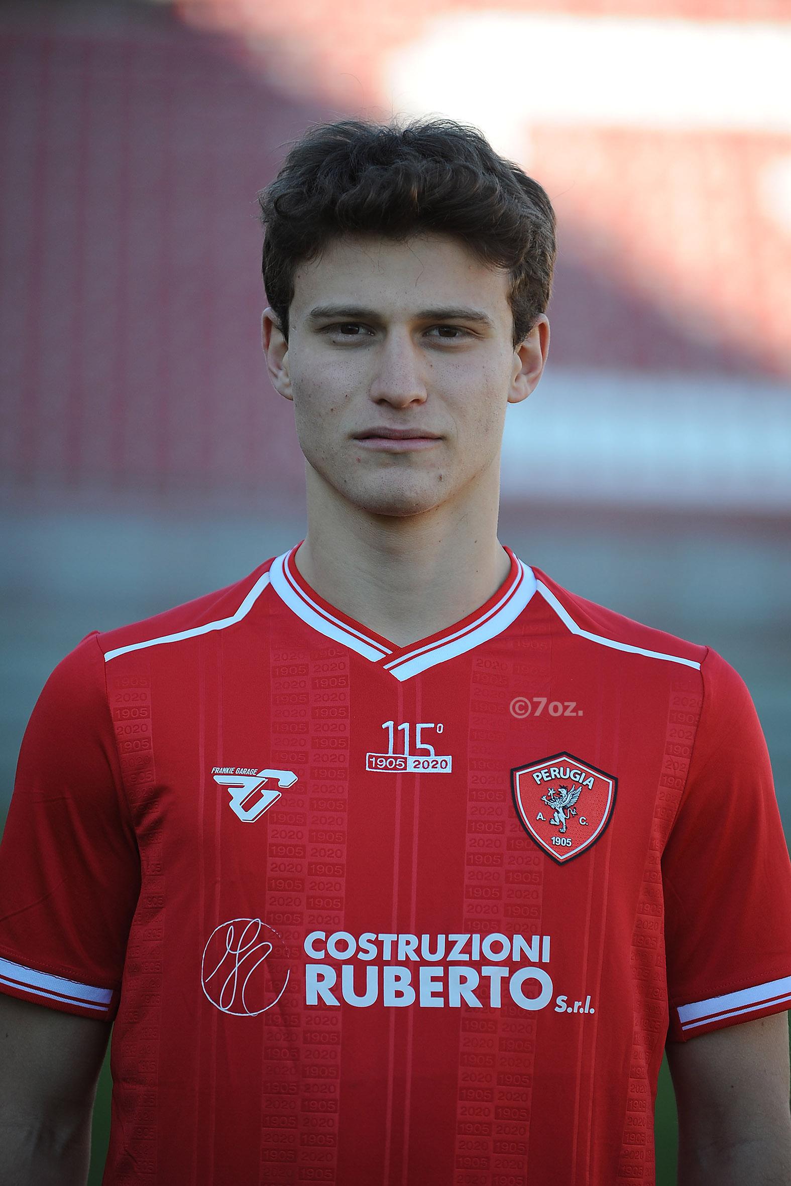 Edoardo PescialloCentrocampista- A.C. Perugia Calcio